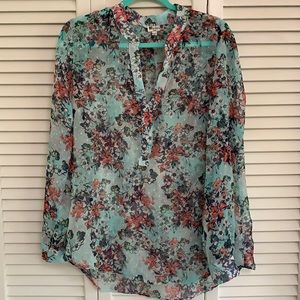 Kut from the Kloth floral shirt. Size Large